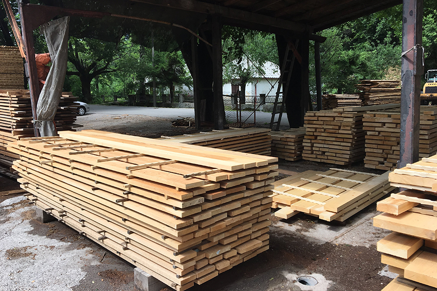 Beach KD material used for furniture and woodwork